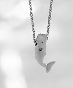 گردنبند نهنگ
